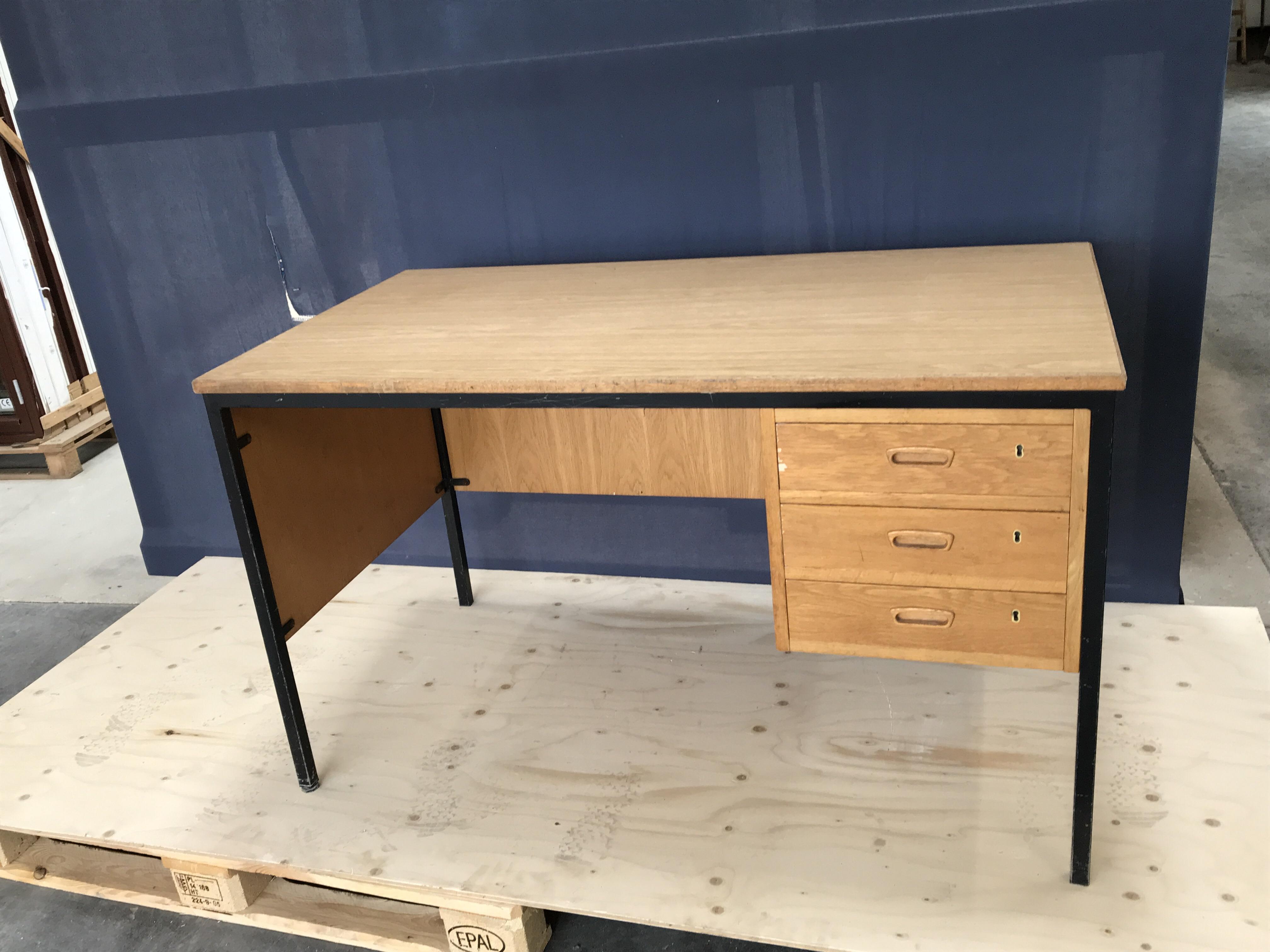 Skrivebord J Jensen Genbrug Jylland