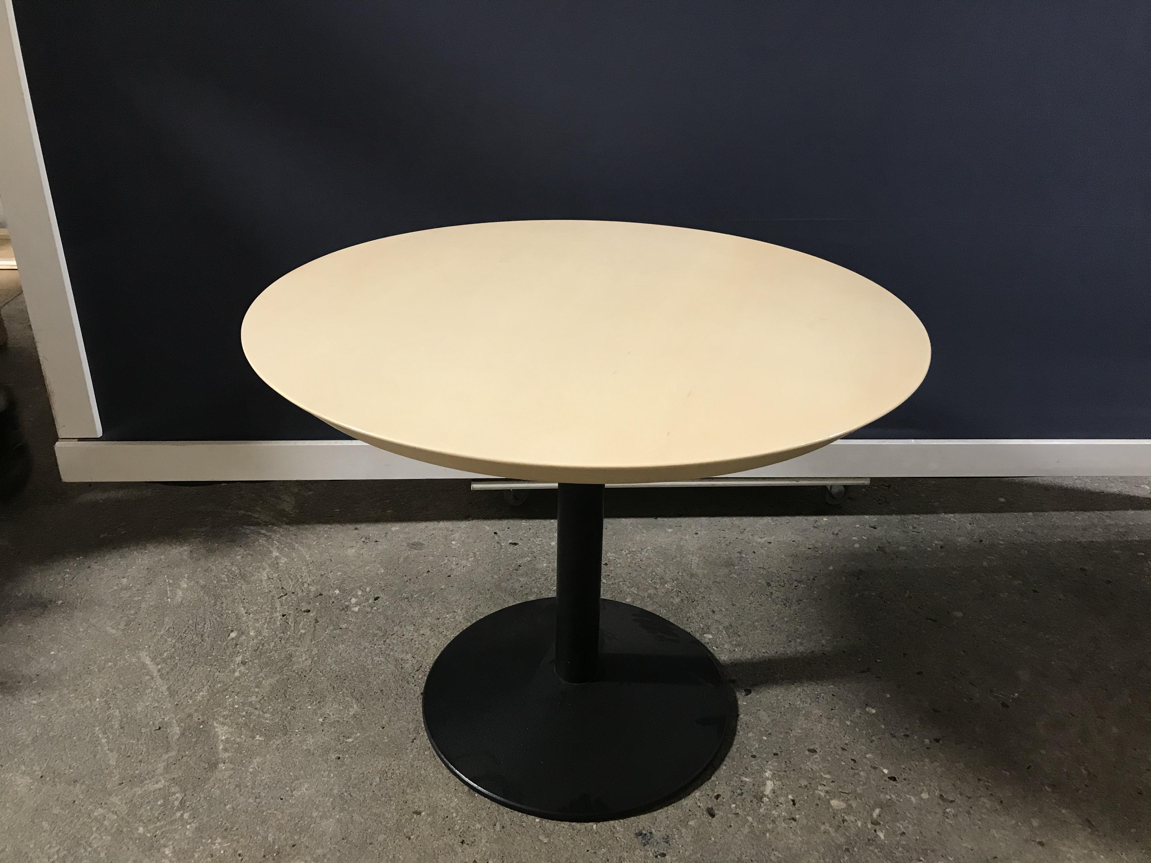 Billigt spisebord J. Jensen Genbrug